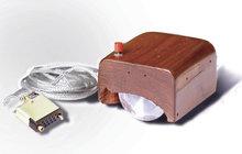 Většina běžných uživatelů počítačů si bez ní nedovede představit život. Spolu s klávesnicí tvoří myš nepostradatelnou součást počítačové periferie. Ta první byla představena světu před 50 lety!
