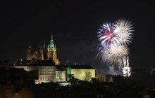 Novoroční ohňostroj v Praze bude dražší a delší!