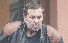 Během měsíce s rakovinou bojující Jiří Pomeje (53) znatelně zhubl. Ztratil třetinu své váhy! S jeho diagnózou se s tím, bohužel, muselo počítat.