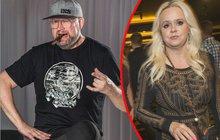 Nedávno Monika Štiková (46) promluvila o rozvodu se svým manželem Michalem (48), a rozhodně si nebrala servítky. Rázná blondýna ho obvinila ze spousty věcí a reakce na její slova na sebe nenechala dlouho čekat.