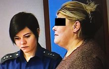 Recidivistka Eva L. (55) u soudu: Seniory okradla  o 250 tisíc korun