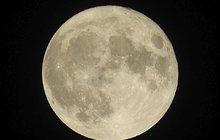 Luna působí po celý den i na krásu...