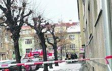 Dva mrtví muži po požáru bytu!