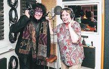 Když už kvůli podlomenému zdraví nemůže hrát, zpívá. Miriam Kantorková (83) se svěřila zpěvákovi Hynku Tommovi (43) se svým přáním.