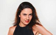 Sexy Slovenka Lucia Siposová ze seriálu Černé vdovy: Nakazila mladého kolegu!