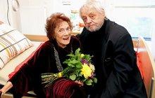 Chramostová v slzách: Milotu zabil v 85 letech zápal plic