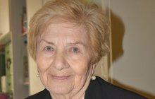 Věra (89) se ve 14 letech stala vojínem a bojovala u Dukly!
