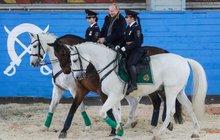 »Superman« Vladimir Putin: PRRRRR! Vzepřel se mu kůň Váňa!