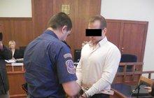 13,5 roku basy pro dlužníka: Ubodal šéfa 22 ranami!
