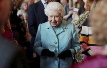 Královna (ne)slaví narozeniny...