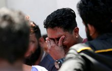 """Žádný křik, žádné """"Alláh akbar""""... sebevražedný atentátník ve srílanském hotelu poklidně vystál frontu ke švédskému stolu – a u něj se odpálil. On a další komplici na osmi místech zabili o Velikonoční neděli kolem tří set lidí."""