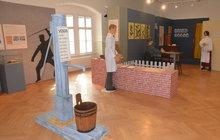 Výstava v Přerově: Co už šizuňkové zkoušeli na zákazníky? Do piva dřevo, do mléka křída!