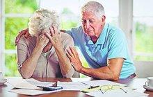 Senioři v exekuci: Jak se perou s dluhy?