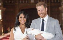 Dojemné fotografie: Harry a Meghan ukázali poprvé malého prince