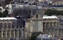 Nová střecha pro katedrálu: Architekti z celého světa pracují na plánech oprav Notre-Dame