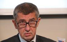 Brusel chce zpět dotace za Agrofert. Babiš řval na poslance: Jste úplně mrtví!
