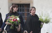 Černé můry Ivana a Kateřina: NELÍTOSTNÝ VERDIKT STYLISTKY