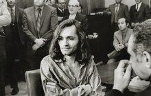 50 let od běsnění »Rodiny« jednoho z největších psychopatů... Manson se pořád vrací