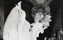 Fred Astaire (†88) - Džentlmen s karafiátem v klopě se styděl za svou pleš!
