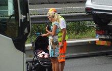 Kateřina Brožová: TĚŽKÁ  BOURAČKA! Trefila auto s miminkem