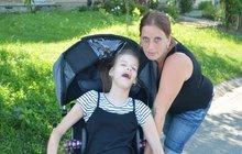 Vladislava (35) pečuje sama o dceru Dominiku (16) s dětskou mozkovou obrnou!