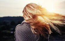 Potíže s vlasy pohledem kadeřnice - Jak na padající vlasy...