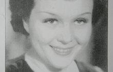 Hvězdy jí předurčily velkou kariéru. Ta však trvala jen tři roky a ona se jí vzdala kvůli dětem. Eva Gerová (†93) patřila mezi špičku prvorepublikových herců. Díky filmu Manželství na úvěr se stala slavnou a točila po boku Adiny Mandlové (†81) či Theodora Pištěka (†65). Jenže pak se zamilovala a filmovému plátnu dala navždy sbohem. Talentovaná kráska si pak vydělávala jako knihovnice.