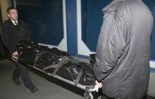 Hrůza! Otec na Šumpersku zavedl do auta hadici zvýfuku a zabil čtyřletou dceru a sebe!