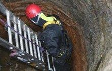 Další dvě děti spadly do studny! Na Nymbursku bojoval o jejich životy otec!