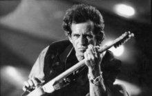 """Rock'n'roll plus chlast, to byla vždycky jasná rovnice. Keith Richards (74), kytarista legendárních Rolling Stones, byl jedním z prototypů tohoto spojení. Už to prý ale neplatí! """"Bylo načase přestat,"""" svěřil se teď komu jinému než magazínu Rolling Stone."""