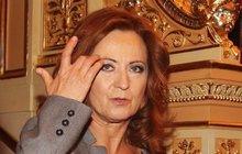 Simona Stašová (60) ruší kšefty. Vysoké horečky a záchvaty kašle!
