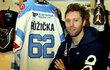 Vladimír Růžička mladší nosí na památku své maminky v Chomutově dres číslo 62