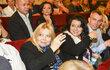 ZÁŘÍ 2014 Irena Greifová a Ester Lauferová v hledišti Hybernie.