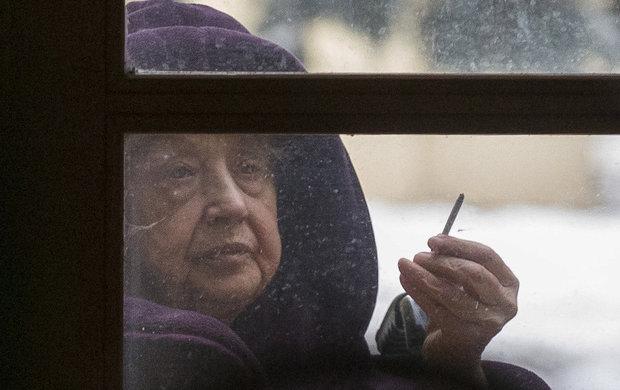Velké trápení prožívá princezna se zlatou hvězdou Marie Kyselková (82)! Po operaci krčku se začala pohybovat jen s chodítkem. A to ji rozhodilo natolik, že je teď už tři měsíce v péči pražské Psychiatrické nemocnice v Bohnicích.