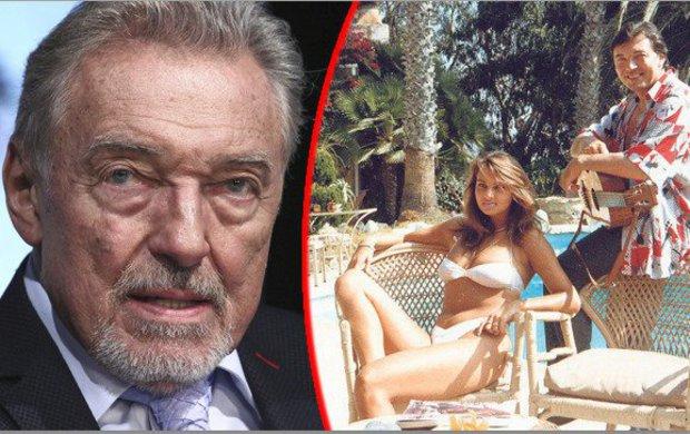 """Byla jeho nejkrásnější přítelkyně a dělala mu ozdobu dlouhých pět let. S podnikatelkou Jitkou Svobodovou (52) se Karel Gott (78) stýkal dál nejen po rozchodu, ale dokonce i poté, co se oženil. Teď se k ní ale nehlásí! """"Už spolu nejsme v žádném kontaktu,"""" řekla Aha! Jitka."""