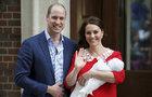 Kate ukázala malého prince: První FOTKY novorozeného krasavce!