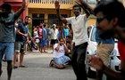 Výbuchy na Srí Lance zabily tři stovky lidí: Atentátník se v hotelu ubytoval, odpálil se při snídani