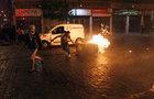 Vypukla válka! Rabování, hořící barikády, mrtví v ulicích