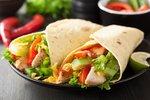 10 receptů z kuřete: Kupte si celé a připravte z něj 3 obědy