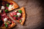 Upečte si dokonalou pizzu: Pravou italskou zvládnete i doma