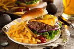 5 tipů, jak připravit ty nejlepší burgery