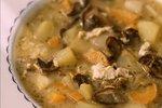 Polévka je grunt: Naučte se tradiční bramboračku podle Dity P.