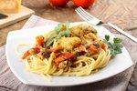 Špagety s restovanou treskou