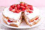 Rychlý jahodový dort se smetanou