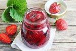 Nejlepší jahodové marmelády: Klasická, s chia semínky a recept Dity P.