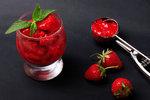 Nejlepší jahodový sorbet: Zvládne ho každý a osvěží dokonale