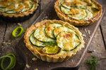 Recepty z cukety: Skvělá pizza, koláč i plněné cukety nejen pro vegetariány