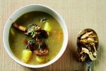 Bramborovo-houbová polévka