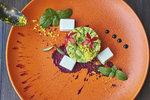 Nejlepší bezmasé tataráky na léto! Připravte si avokádový, lilkový nebo rajčatový!