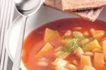 Fazolová polévka s rajčatovým protlakem